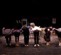 공연_통닭, 그녀들의 이야기