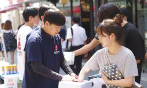 2016춘천연극제 춘천 명동에서의 사전 홍보활동 모습입니다 ^^